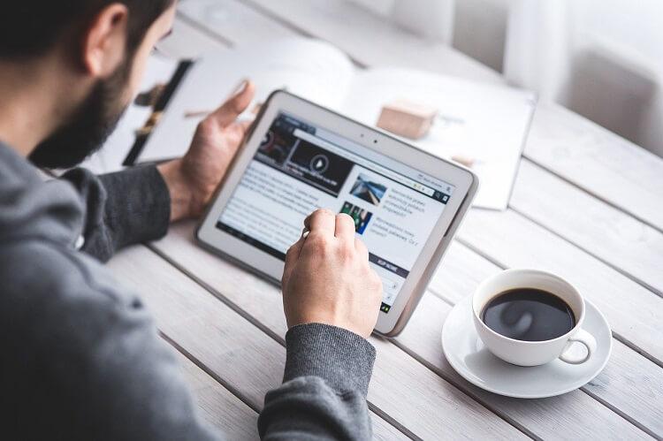 Criar conteúdo de qualidade ainda é uma das melhores maneiras de garantir uma presença digital eficaz.